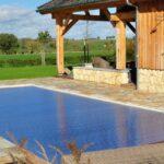 Hovenier gaat Zwembad aanleggen in Heerlen.